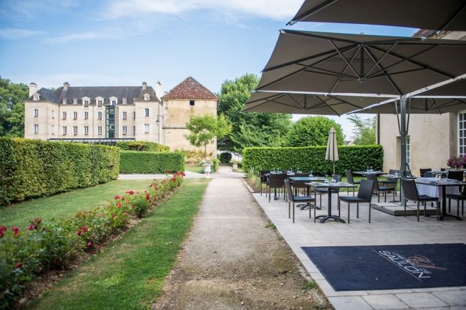 1—Chateau-de-Saulon