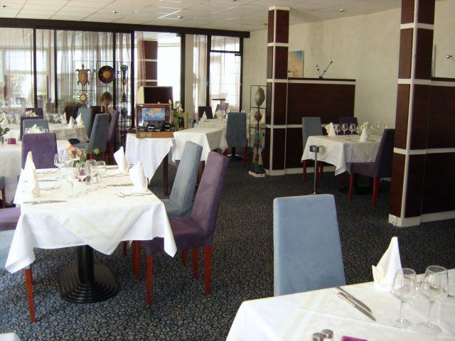 12648-restaurant-2-