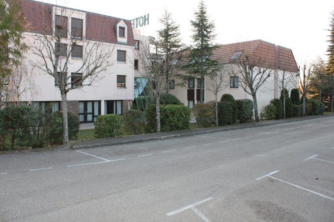 Parking Hôtel Castel Burgond