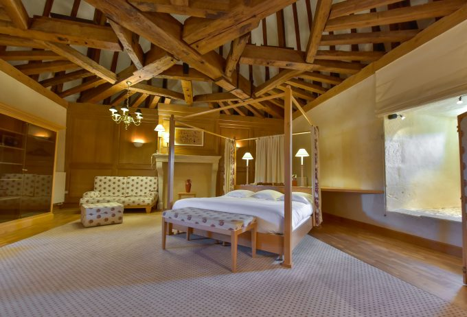 Castle Suite 1