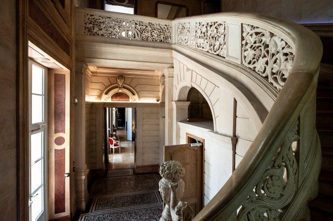 Sainte-Sabine-escalier-2-LionelDUPOUY-Photographie